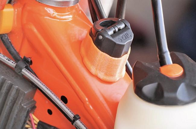Enduro-Pro Öleinfüllhülse Öleinfüllschutz für KTM/HVA TPI 250 300